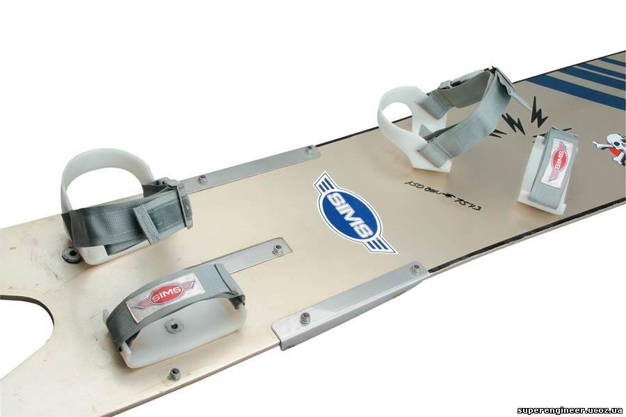 самодельный кораблик для завоза прикормки